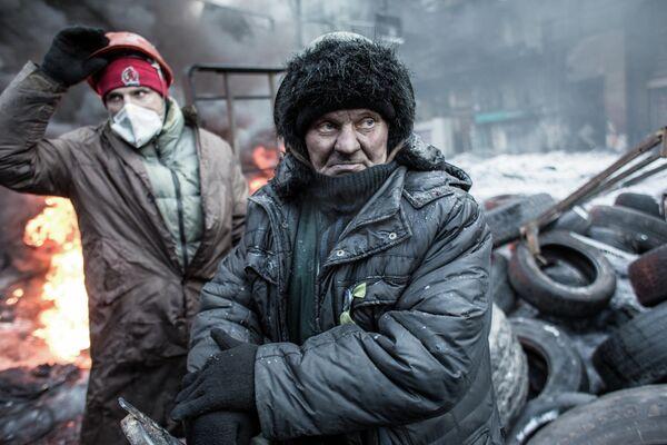 Сторонники евроинтеграции Украины на улице Грушевского в Киеве