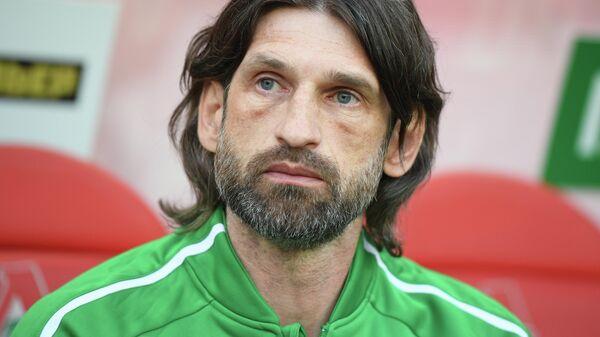 Исполняющий обязанности главного тренера Рубина Роман Шаронов