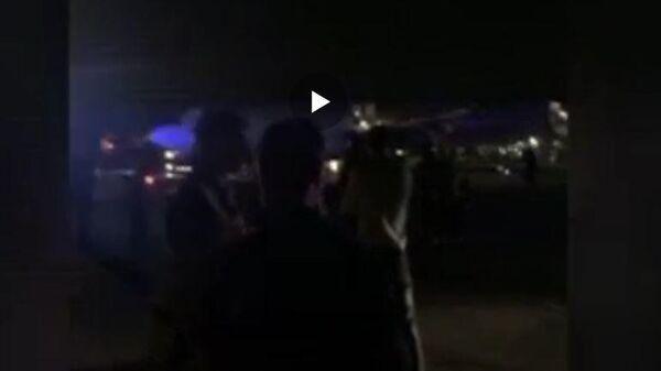Опубликовано видео эвакуации пассажиров из самолета в Шереметьево