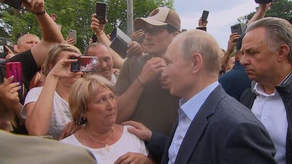 Неразбериха: Путин недоволен работой по ликвидации последствий паводка