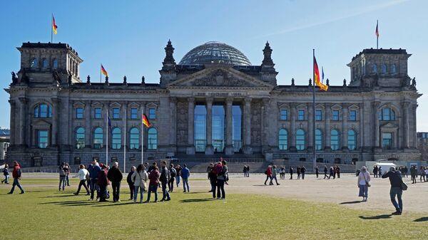 Здание бундестага в Берлине. Архивное фото