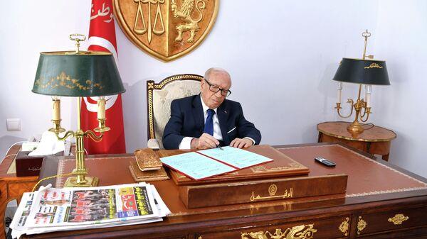 Президент Туниса Аль-Баджи Гаид ас-Себси