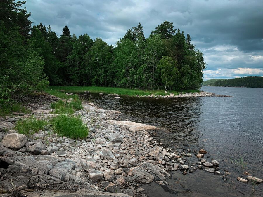 Карелия. Небольшой остров на Ладожском озере.