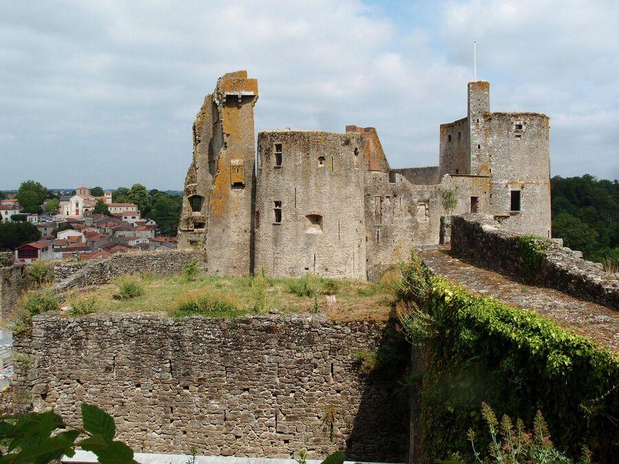 Замок Клиссон