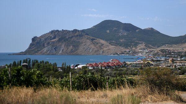 Вид на курортный поселок Коктебель
