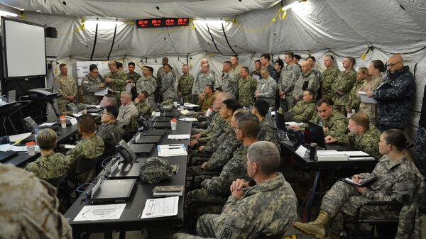 Военнослужащие США и Южной Кореи во время совместных военных учений