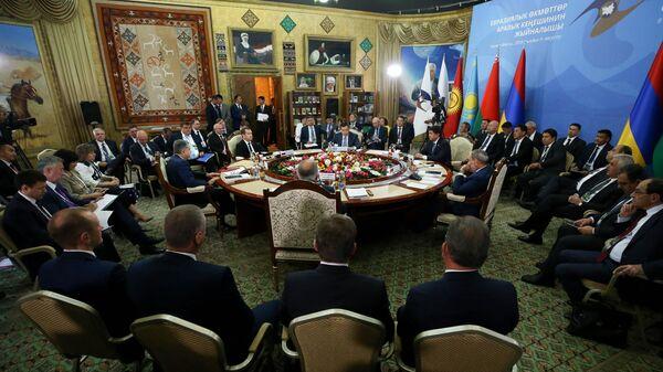 Председатель правительства РФ Дмитрий Медведев на заседании Евразийского межправительственного совета стран ЕАЭС. 9 августа 2019