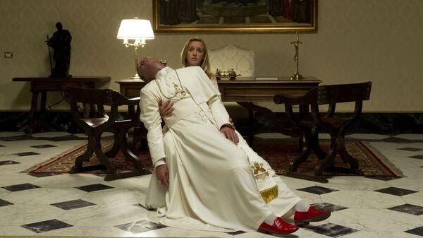Кадр из сериала Молодой Папа