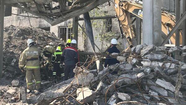 Обрушение заброшенного здания в Волхове Ленинградской области