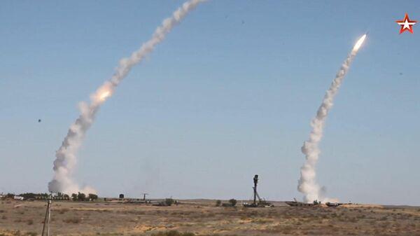 С-300 отразили на учениях ракетный удар противника