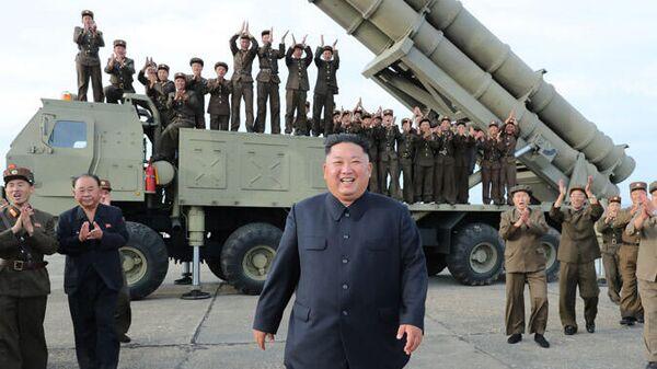 Фото новой сверхкрупной ракетной пусковой установки в КНДР