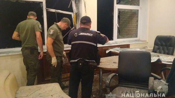 В Киеве неизвестные обстреляли из гранатомета здание строительной компании. 26 августа 2019