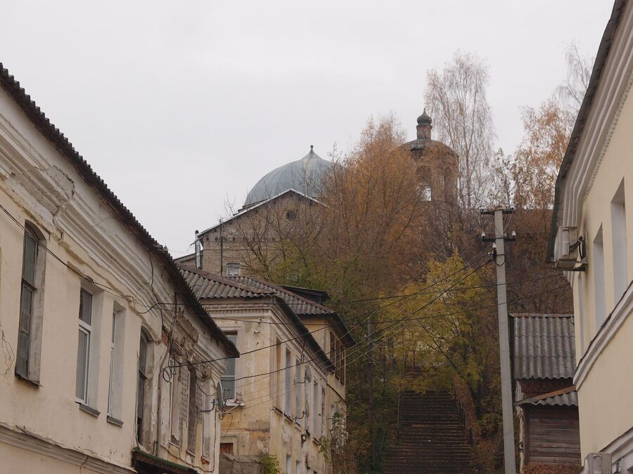Вид на бывший Воскресенский женский монастырь