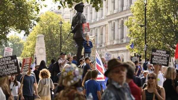 Акция в Лондоне