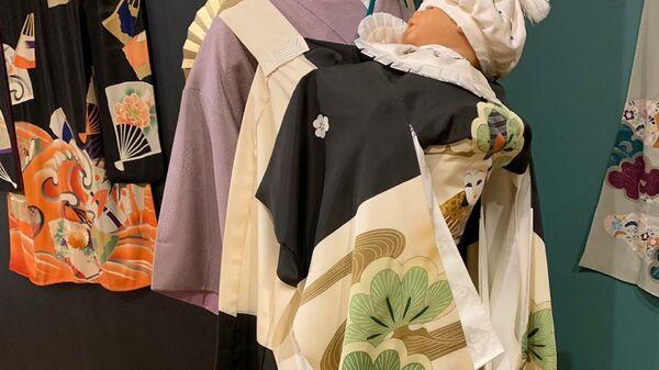 Экспонаты на выставке: Неповторимый мир театра: Япония во Всероссийском музее декоративного искусства