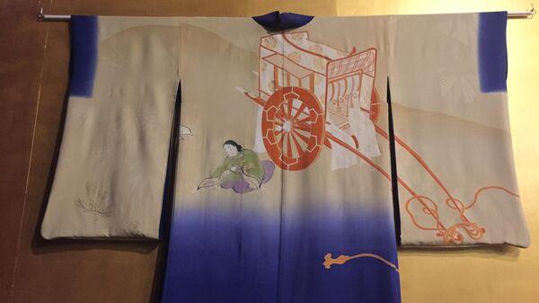 Экспонат на выставке Неповторимый мир театра: Япония в музее Декоративно-прикладного искусства в Москве