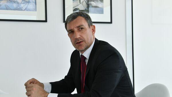 Губернатор Амурской области Василий Орлов во время интервью на V Восточном экономическом форуме во Владивостоке