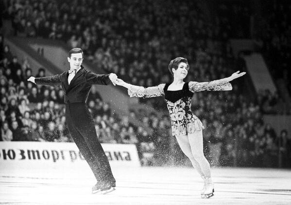 Чемпионы мира и Европы в танцах на льду Людмила Алексеевна Пахомова и Александр Георгиевич Горшков