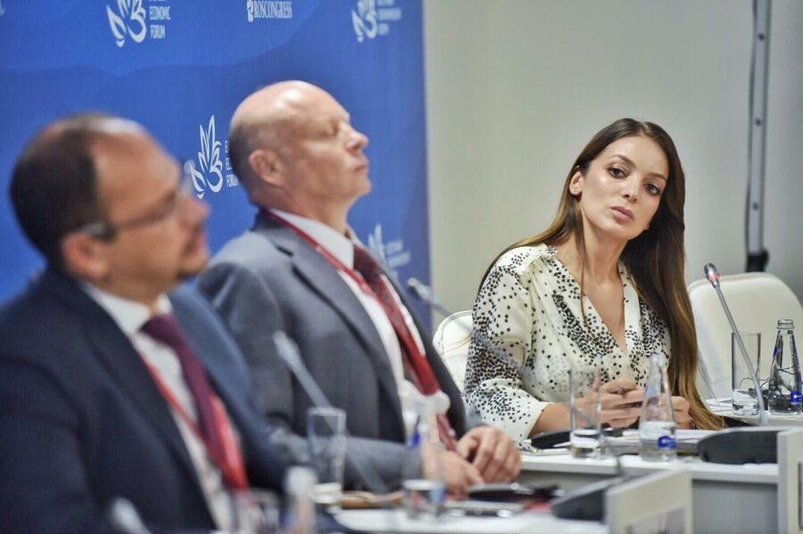 Руководитель Федерального агентства по туризму Зарина Догузова на Восточном экономическом форуме
