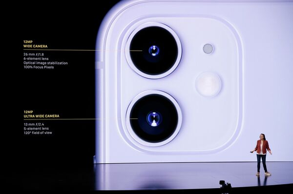 Компания Apple представила три новых iPhone