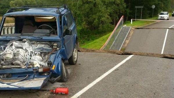Обрушение пролета железобетонного автомобильного моста в Себежском районе Псковской области