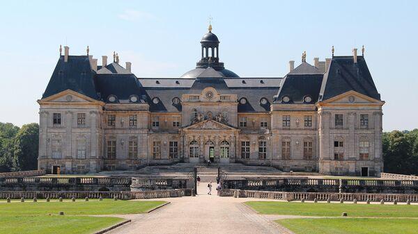 Усадьба Во-ле-Виконт недалеко от Парижа