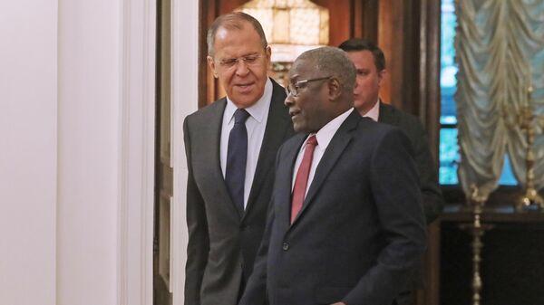 Министр иностранных дел Нигера Калла Анкурао  и министр иностранных дел Российской Федерации Сергей Лавров во время встречи в Москве. 19 сентября 2019