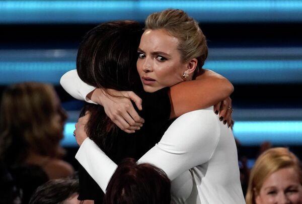 Джоди Комер на церемонии вручения премии Эмми в Лос-Анджелесе