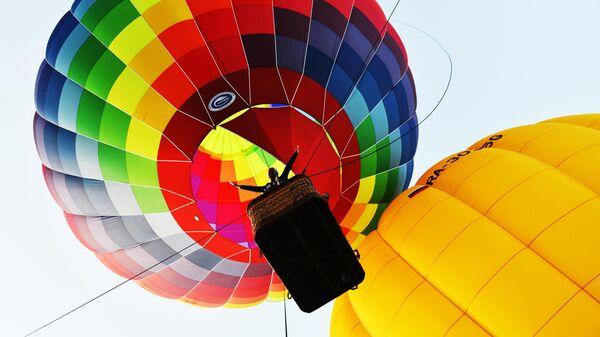 Участник парада аэростатов на Фестивале воздушных шаров Солохаул парка в Сочи