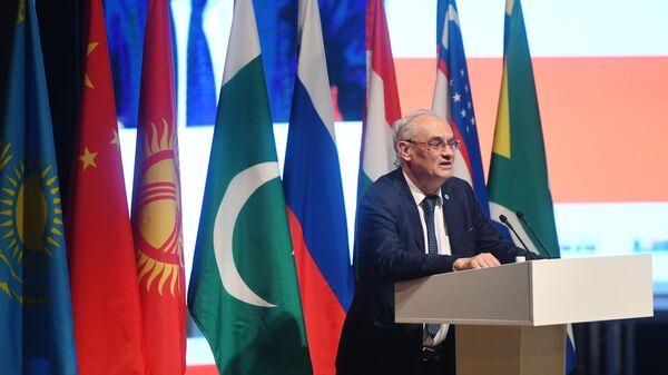 Заместитель генерального секретаря Шанхайской организации сотрудничества (ШОС) Владимир Потапенко