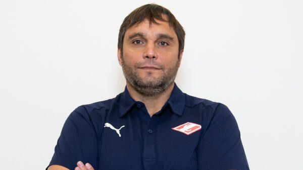 Олег Кулешов, главный тренер московского гандбольного клуба Спартак