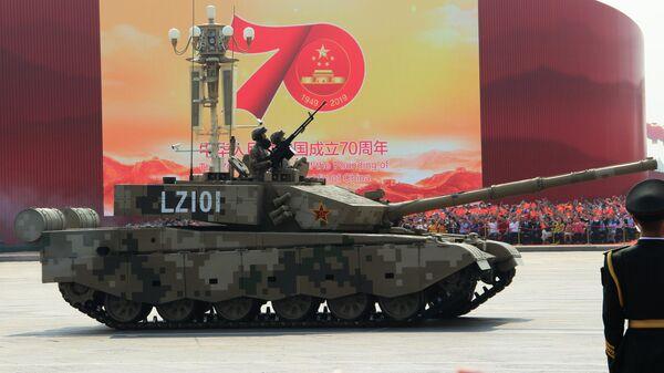 Танк Type 99 (ZTZ-99) на военном параде, приуроченном к 70-летию образования Китая, в Пекине