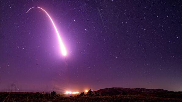 Пуск американской межконтинентальной баллистической ракеты Minuteman III