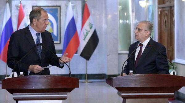 Министр иностранных дел РФ Сергей Лавров и министр иностранных дел Ирака Мухаммед Али аль-Хаким во время встречи в Багдад. 7 октября 2019