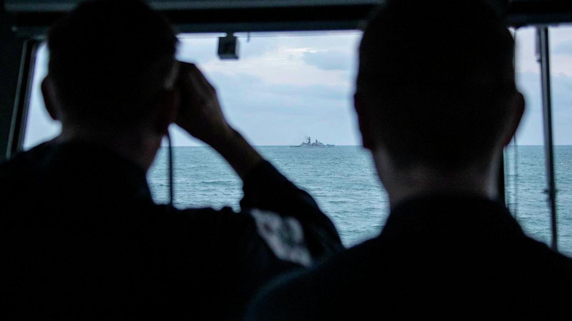 Британский патрульный корабль HMS Mersey сопроводил отряд из трех кораблей российского Балтийского флота, следовавших вдоль берегов Великобритании к проливу Ла-Манш - РИА Новости, 1920, 02.03.2021