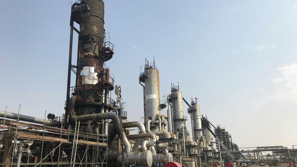 Поврежденные дронами нефтяные объекты Saudi Aramco в Саудовской Аравии