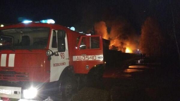 Пожар на складе в Ленобласти