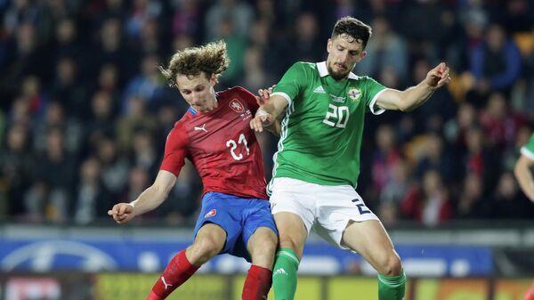 Полузащитник сборной Чехии Алекс Крал радуется забитому мячу в ворота Новой Зеландии