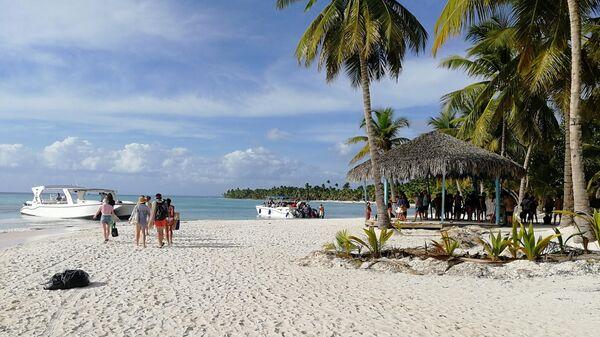 Доминикана. На пляже острова Саона