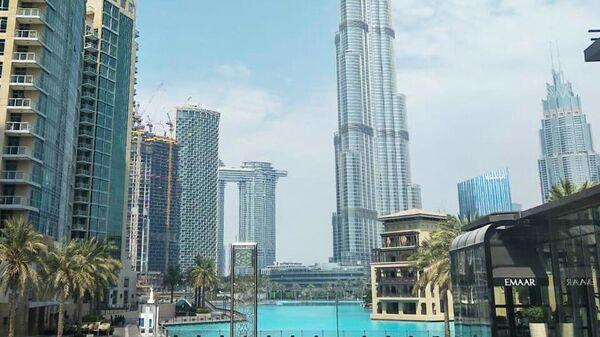 Вид на небоскреб Бурдж-Халифа в Дубае