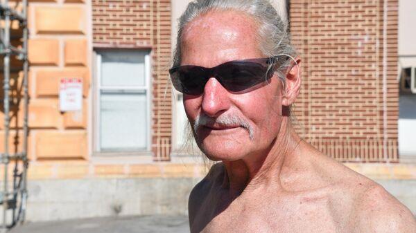 Бездомный Томми Фишер, живущий на набережной Сан-Франциско
