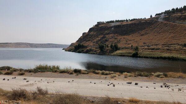 Берег реки Евфрат на северо-востоке провинции Алеппо