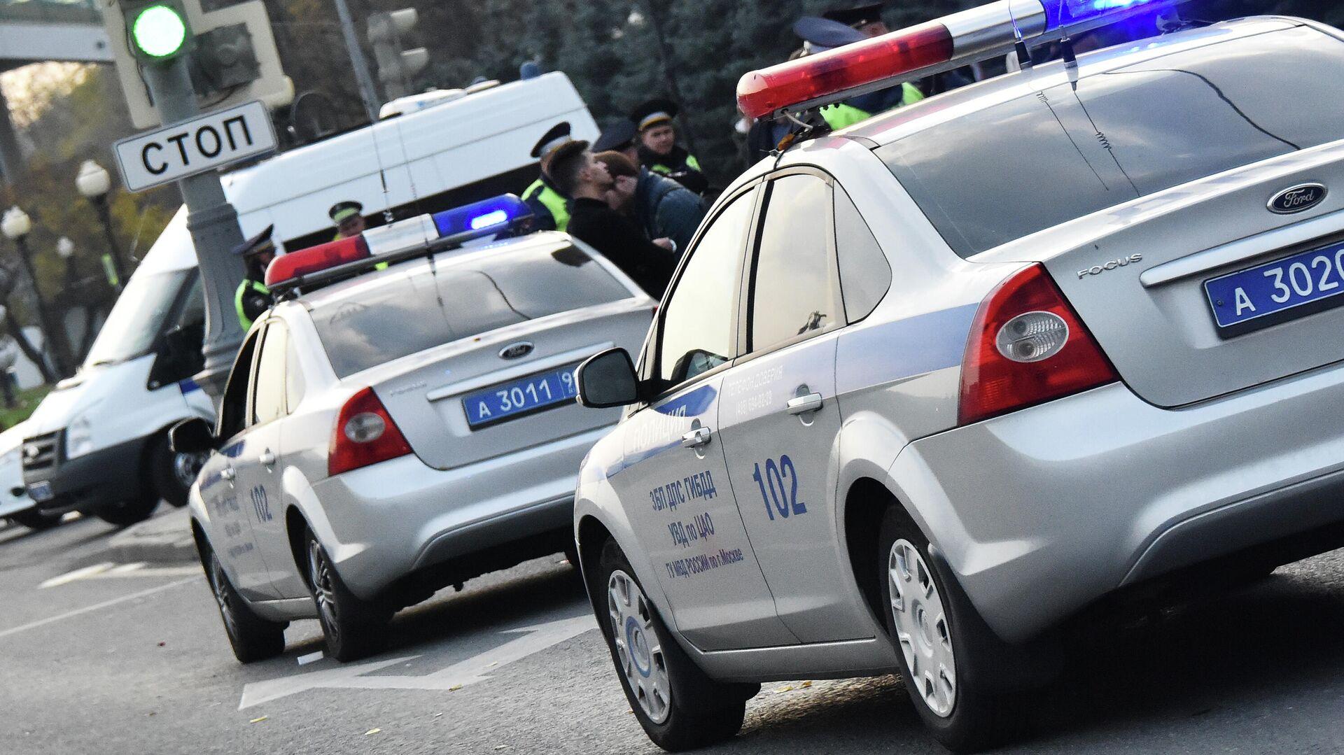 Автомобили полиции  - РИА Новости, 1920, 26.12.2019