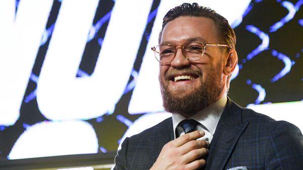 Ирландский боец UFC Конор Макгрегор во время пресс-конференции в Москве