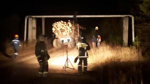 Повреждение лесовозом газопровода диаметром 426 мм в городе Североуральске, Свердловской области