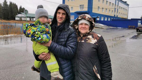 Жители Томской области, найденные полицейскими на лесной дороге между поселком Суйга Молчановского района и поселком Нибега Верхнекетского района