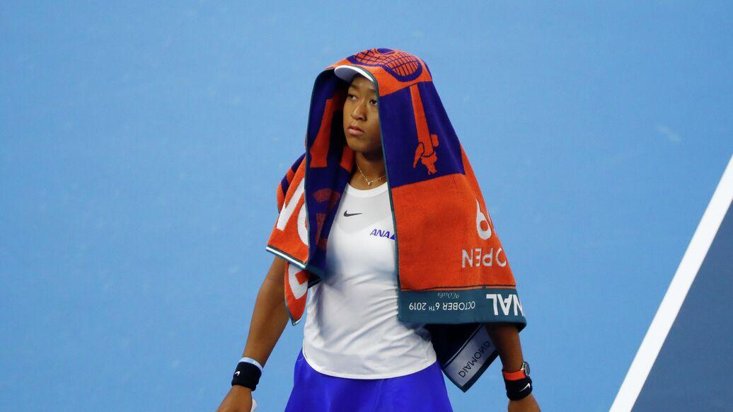 Наоми девушка футболиста из английской премьер лиги
