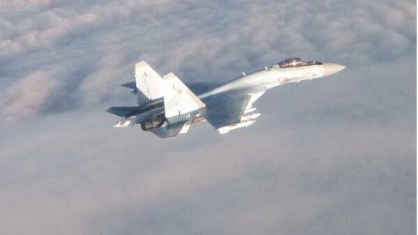 Истребитель F-16 ВВС Бельгии и Су-35 ВКС России