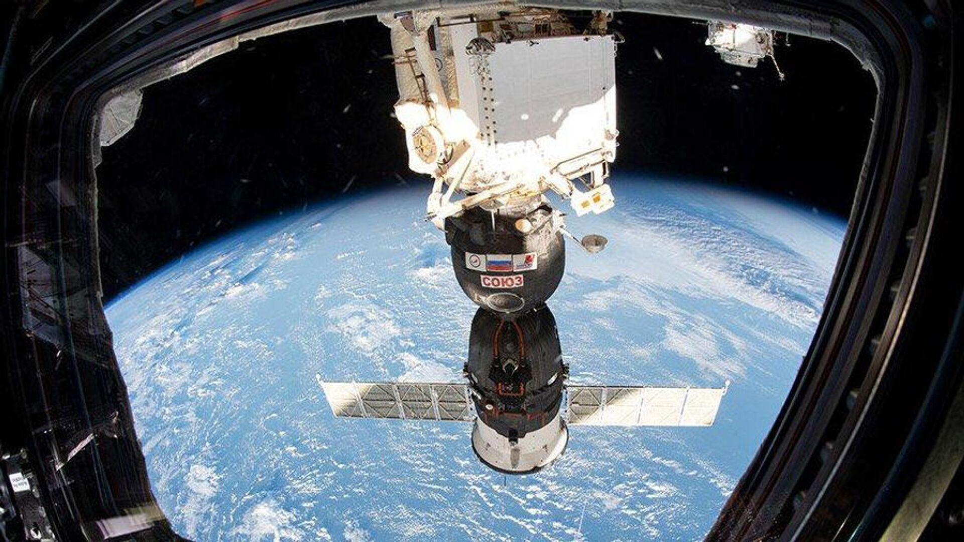 В Роскосмосе сравнили МКС с холодильником