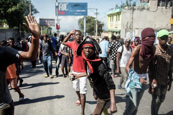 Акция протеста в Порт-о-Пренсе